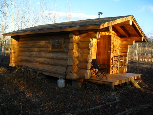 yukon log cabin rentals in remote and close to whitehorse. Black Bedroom Furniture Sets. Home Design Ideas
